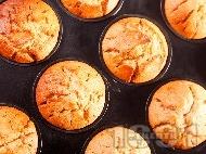 Мъфини със сладко от смокини или боровинки (Лесни и вкусни)